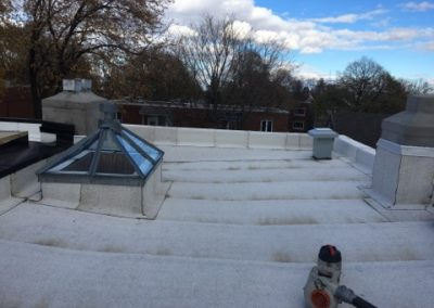 Installation de membrane sur toiture à Laval - Toitures Duvernay à Laval